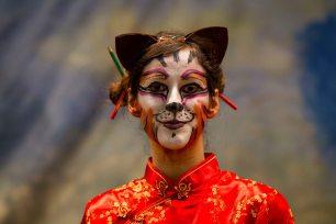 Haciendo de gata china en un musical